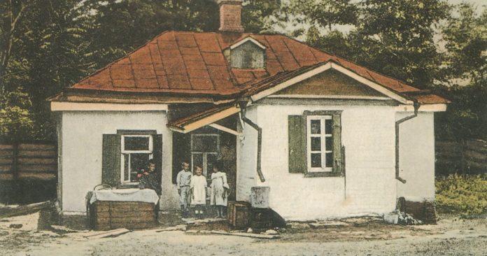 Дома — Чехов Антон Павлович